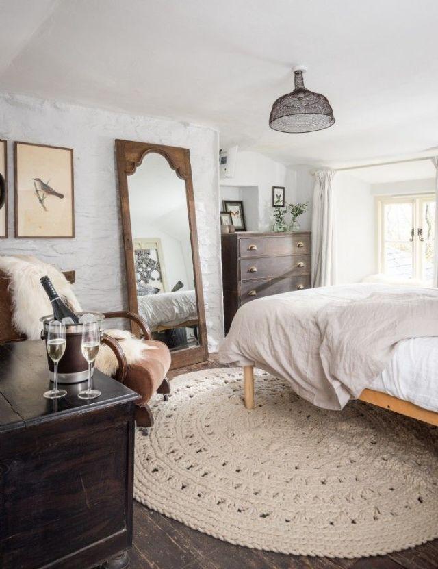 Round Braided Rug Bedroom Decorating Ideas